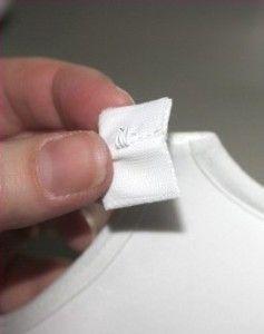 4. Пришиваем часть застежки с крючком к чашечке